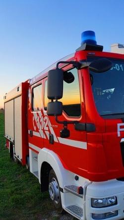Feuerwehrwagen von der Seite