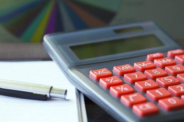 Taschenrechner mit Stift