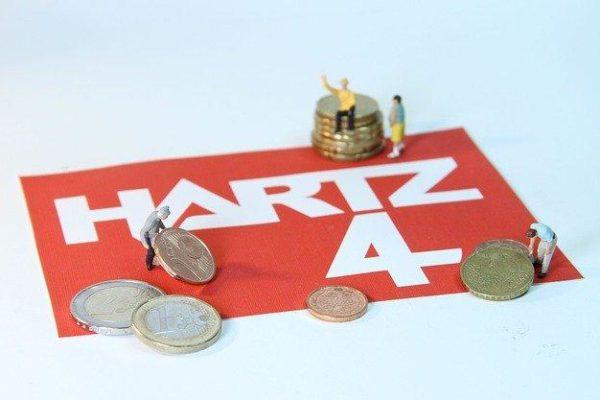 Kleingeld mit Hartz4 Unterlage